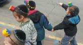 Pourim : enfants en Téfilines légo