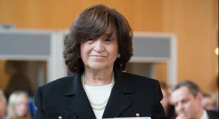 Une femme née dans le camp d'Auschwitz fête ses 75 ans !