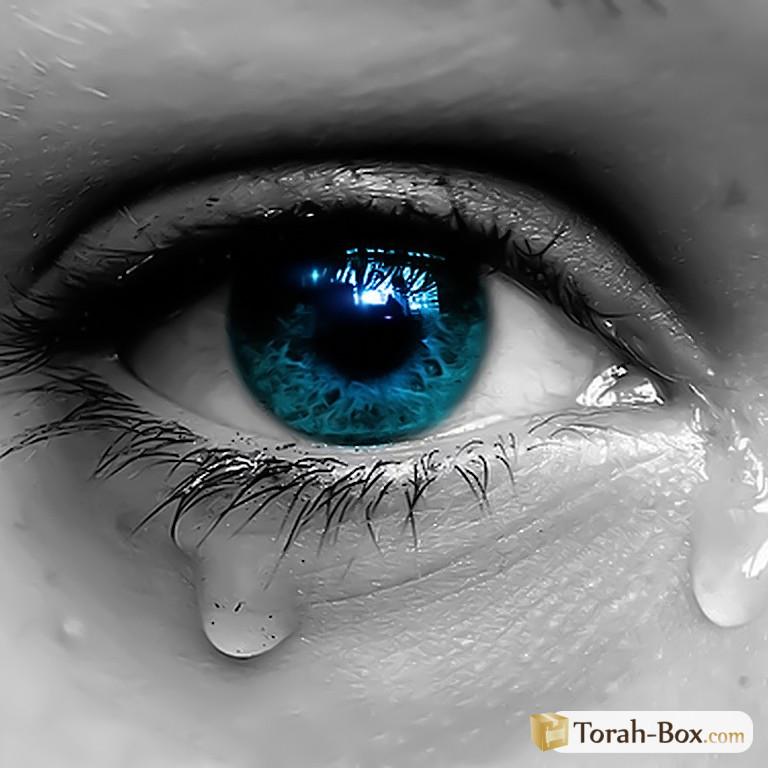 Femme En Larme les femmes ont le pouvoir des larmes